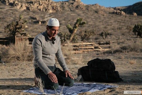 muslim-namaz-shahrukh-khan-khan-Favim.com-566586