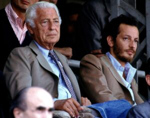 Fiat honorary chairman Giovanni Agnelli (L) watches a soccer match at Turin's Delle Alpi's stadium with his son Edoardo in this undated file picture. Edoardo, 46, was found dead in open country near the Turin-Savona motorway. There were no immediate details about the cause of death, the second tragedy in four years to hit the Agnelli clan, often described as the equivalent of Italy's royal family. REUTERS/Claudio Papi